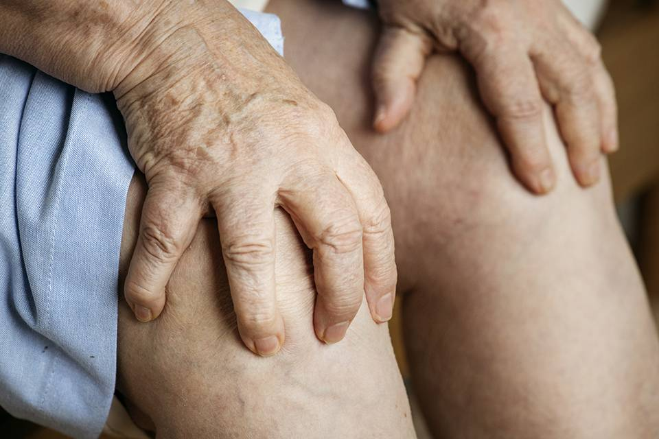Подагрический артрит – причины, симптомы и принципы комплексного лечения