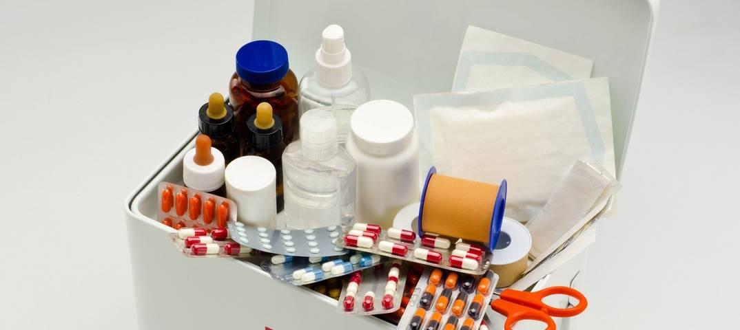 Советы бывшего врача: собираем домашнюю аптечку для самоизоляции в связи с коронавирусом